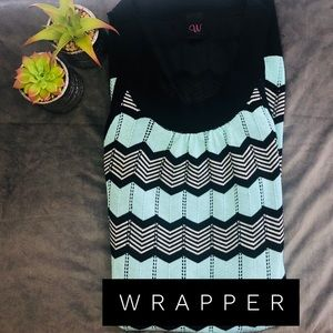 WRAPPER - L BLK/BLU CHEVRON  PATTERN DRESS